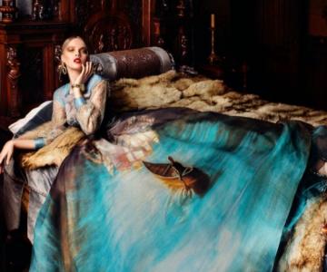 Pictura clasica pe rochii fabuloase