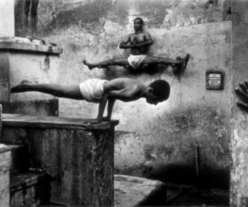 Arta de a-ti depasi limitele: Antrenamentul calugarilor Shaolin