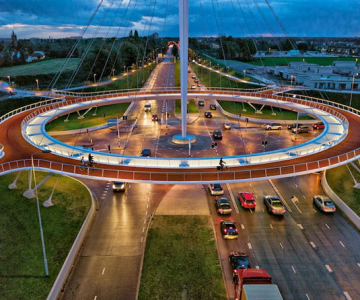Giratoriu suspendat pentru biciclisti in Olanda