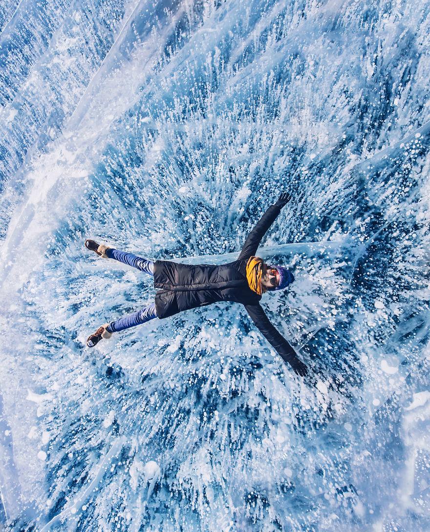 Frumusetea celui mai adanc lac din lume, iarna - Poza 4