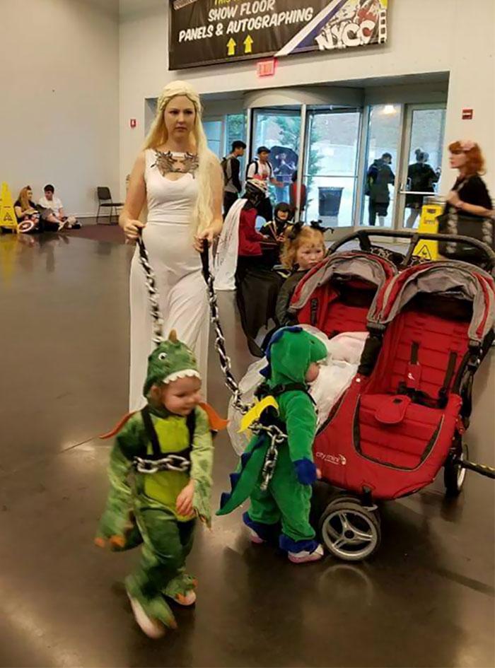 Cele mai tari si inspirate costume de Halloween - Poza 20
