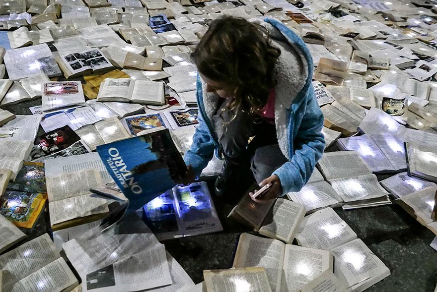 Literatura vs. Trafic: Raul de carti din Toronto - Poza 3