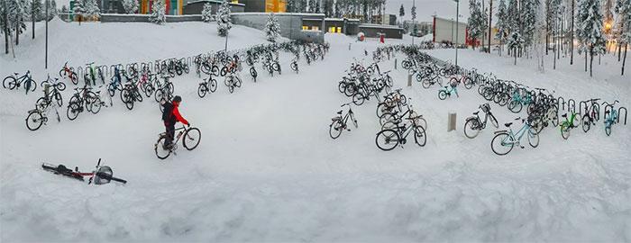 Cu bicicleta, la -17 grade Celsius - Poza 1