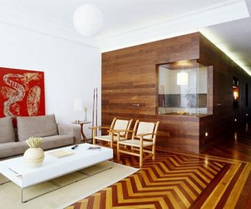 Apartament imbracat in caldura lemnului