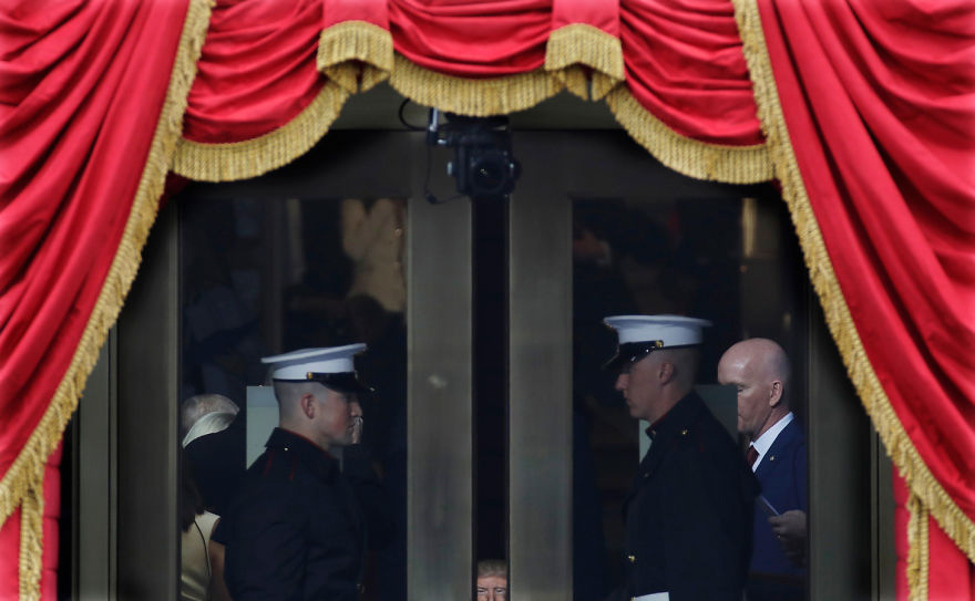 Donald Trump, ridiculizat de internauti, in poze haioase - Poza 14