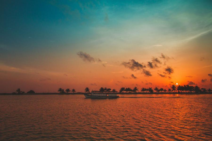 Apusuri de soare sublime in poze spectaculoase - Poza 19