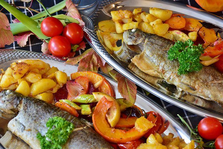 Pentru masa de Revelion: 10 Alimente care iti aduc noroc in noul an - Poza 5