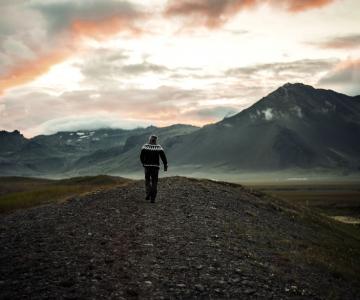 O calatorie spre centru Pamanatului: Islanda