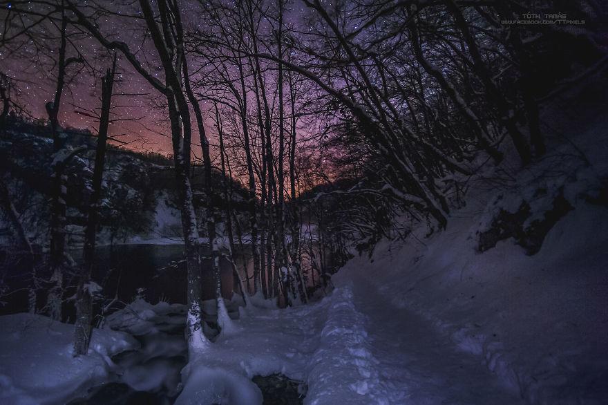 Splendoarea cascadelor inghetate din Croatia - Poza 8