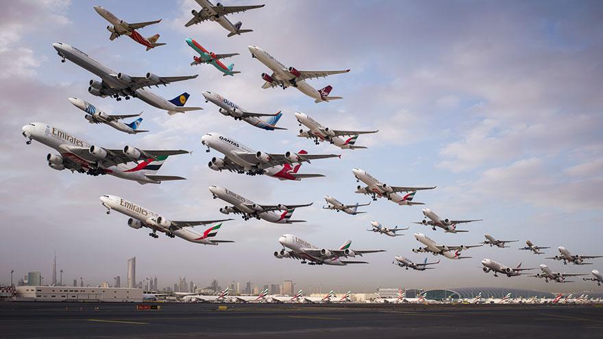 Portrete aeriene: Uimitorul zbor simultan al unor zeci de avioane - Poza 2