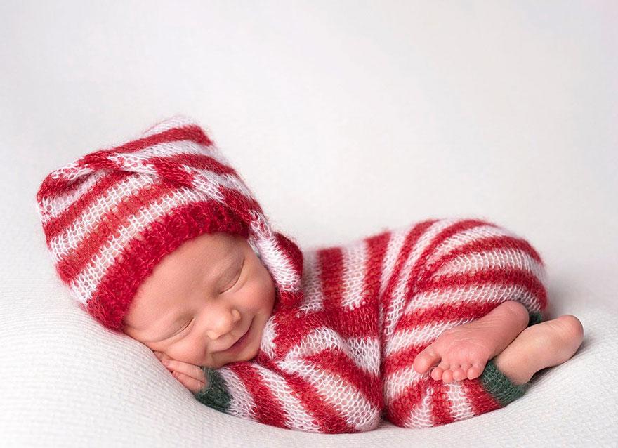 15+ Bebelusi adorabili in asteptarea Craciunului - Poza 8