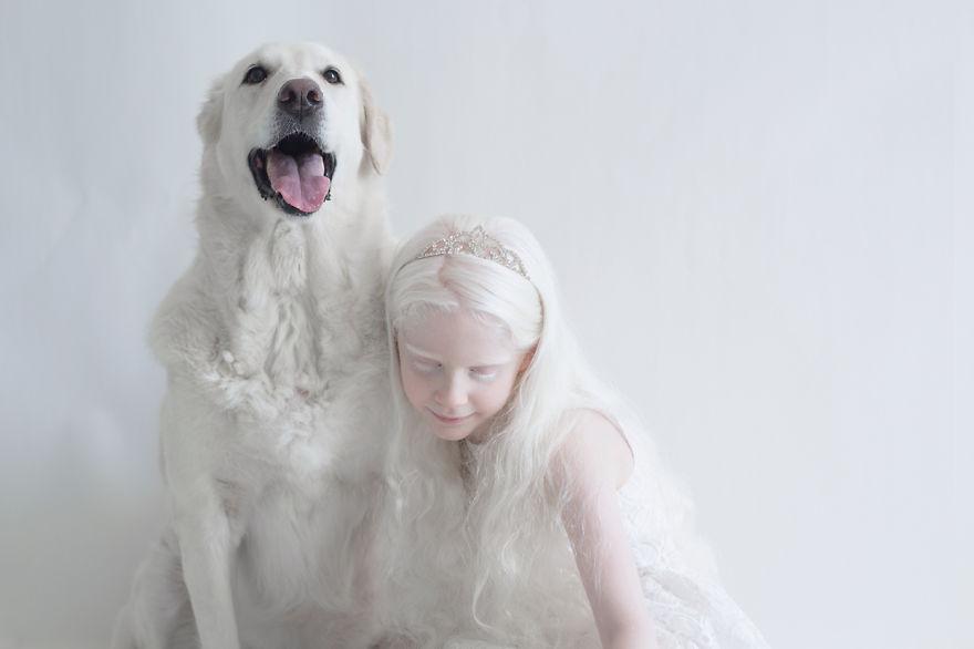 Frumusete de portelan: Splendoarea oamenilor albinosi - Poza 2