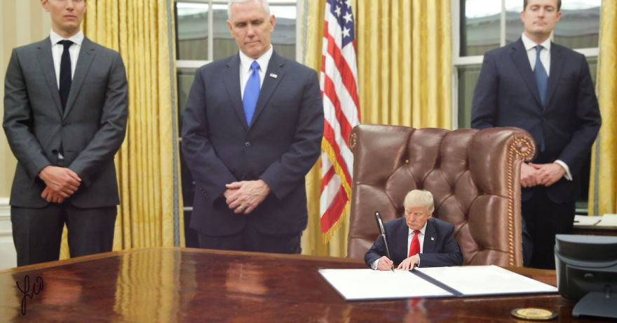 Donald Trump, ridiculizat de internauti, in poze haioase - Poza 17