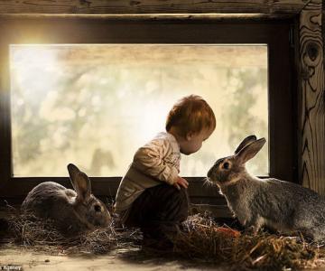 Superba prietenie dintre copiii si animalele Elenei Shumilova