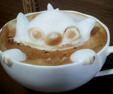 Arta 3D in cafe latte, de Kazuki Yamamoto