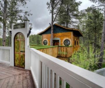 Castelul Soarelui: Casa de vacanta inspirata din Stapanul Inelelor