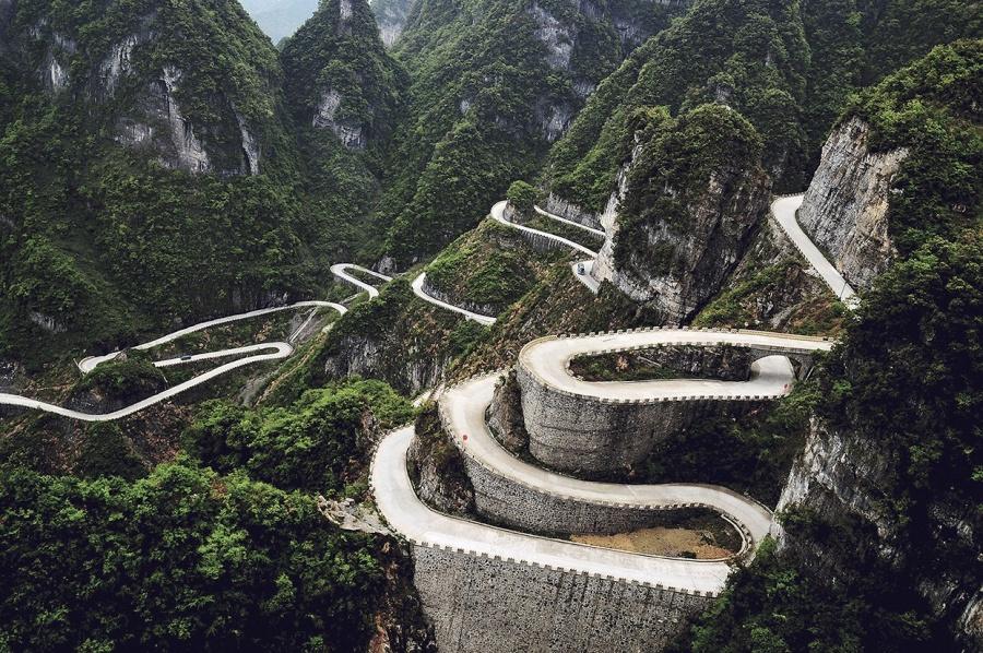 Aventuri memorabile: Cele mai periculoase drumuri din lume - Poza 9