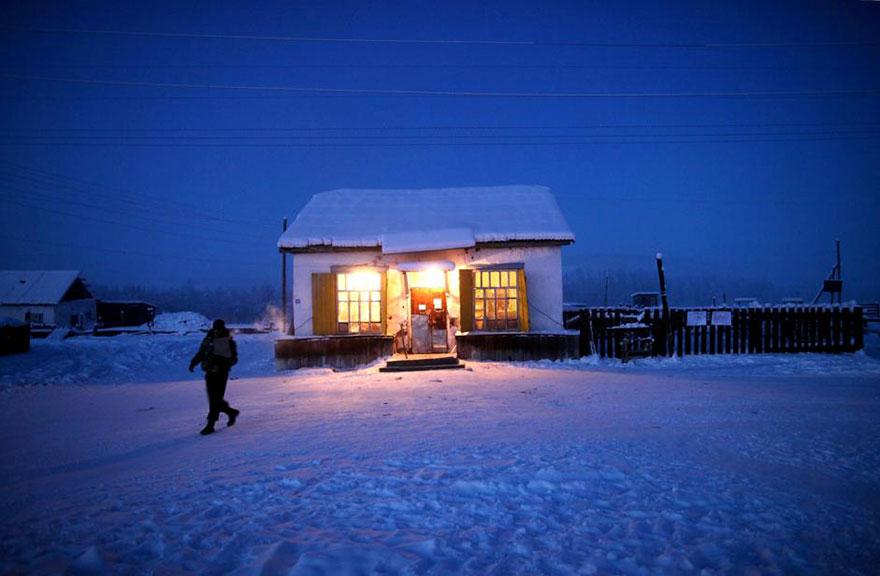 Viata la -50 de grade Celsius, in imagini sublime - Poza 17