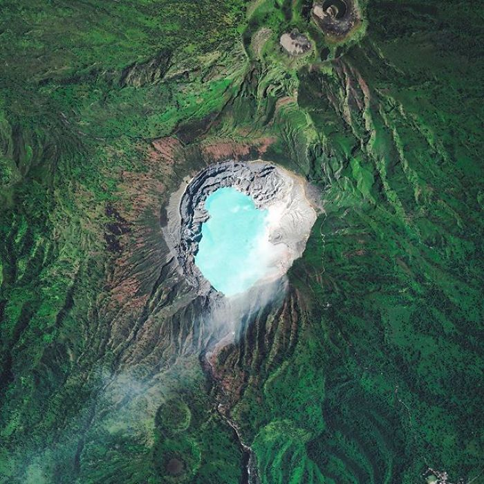Lumea privita de sus, in imagini uluitoare - Poza 7