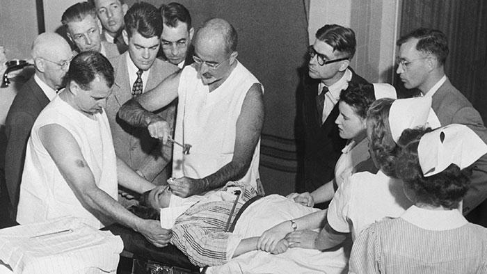 4 practici medicale bizare utilizate in trecut - Poza 4