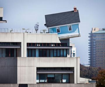 O casa ca o stea cazatoare, de Do Ho Suh