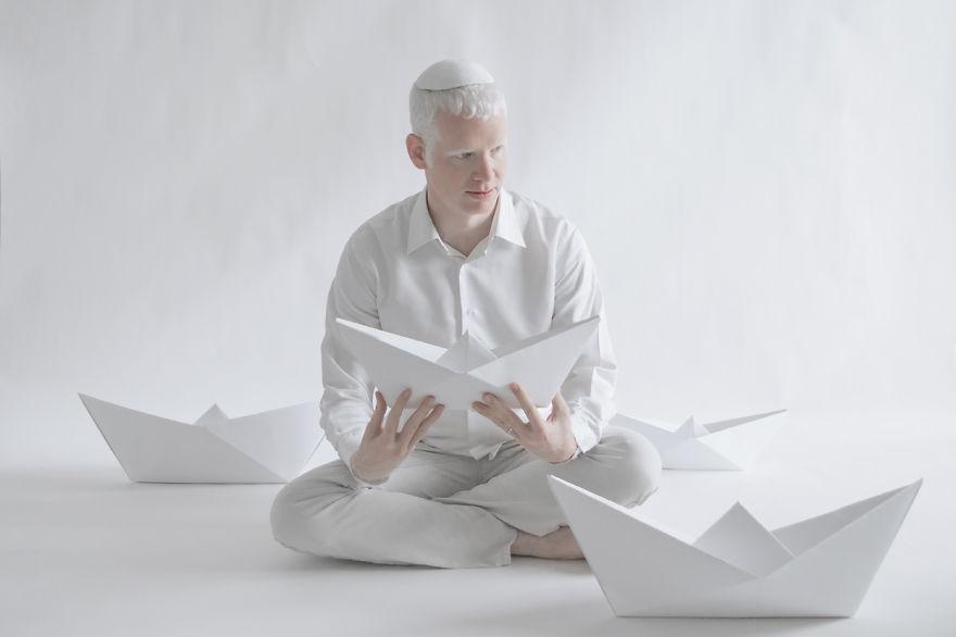 Frumusete de portelan: Splendoarea oamenilor albinosi - Poza 11