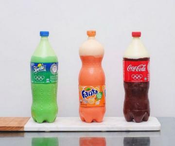 Noua moda in materie de prajituri: Sticle de suc delicioase