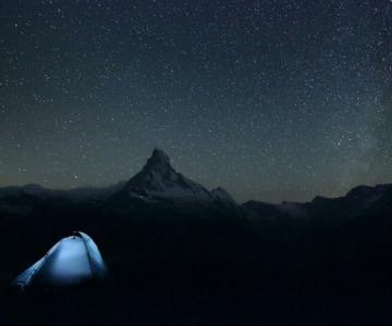 In jurul Europei, fotografiind muntii