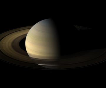 Saturn la 27 megapixeli