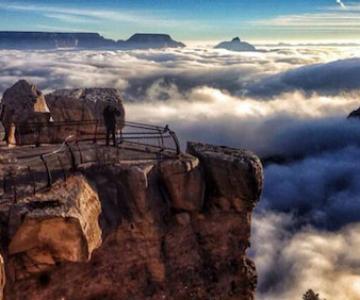 Marele Canion, umplut de un val de ceata