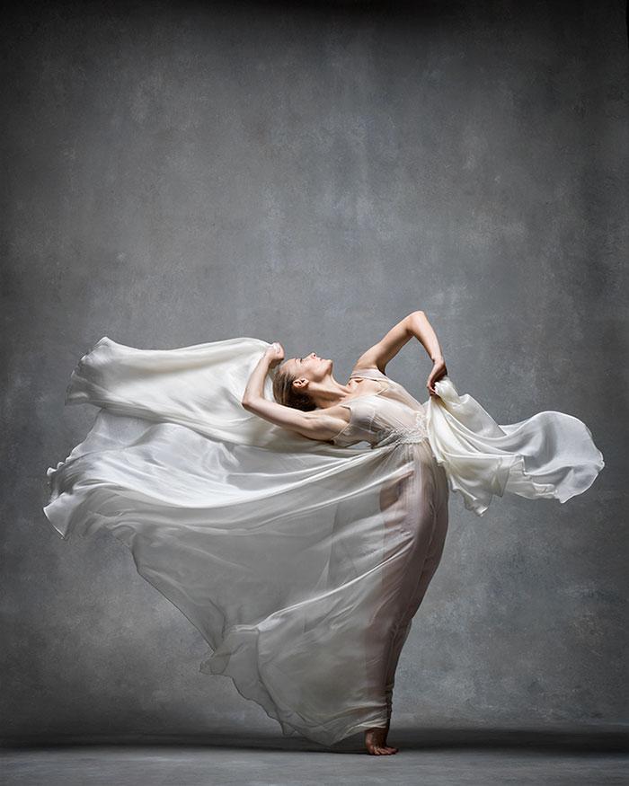 Frumusetea dansului contemporan, in poze superbe - Poza 10