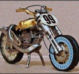 Motociclete din ceasuri