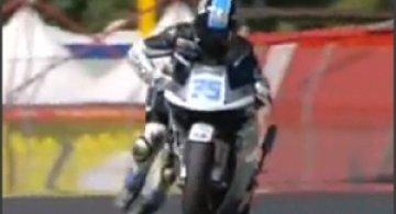 Spectacol cu motocicleta