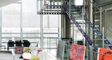 Vertij intr-un penthouse deasupra Londrei