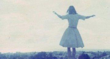 Altfel de frumusete, de Maggie Lochtenberg