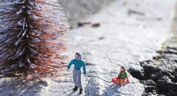 Atentie unde calci! Slinkachu invadeaza Londra