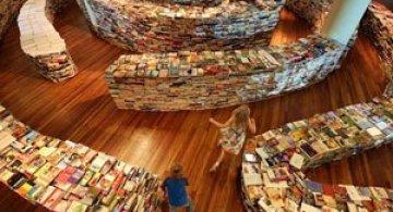 Paradisul din biblioteca, Borges si Londra