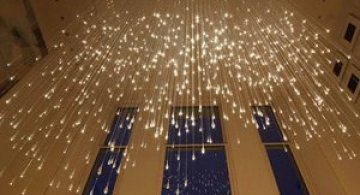 Ploaie de lumina, de Bruce Munro
