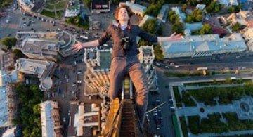 Plimbare prin cer cu doi fotografi rusi