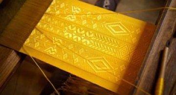 Matase de aur fabricata de paianjeni