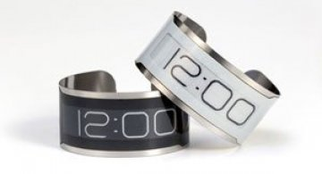Cel mai subtire ceas din lume: CST-01