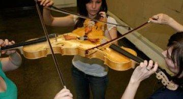 Triolin, o vioara tripla de Alex Sobolev