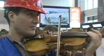 Video: Orchestra Bucuresti in flashmob la Otopeni