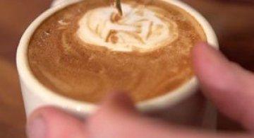Arta intr-o cana de cafea, de Mike Breach