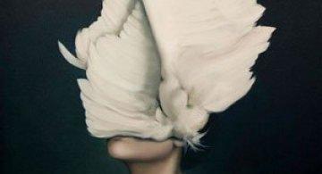 Portrete de femei inaripate, de Amy Judd