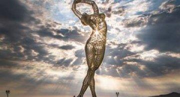Superba sculptura de la Burning Man