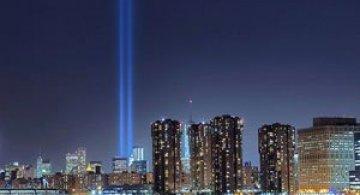 In memoriam luminos pentru 11 septembrie