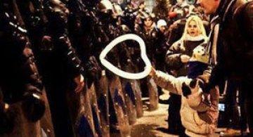 11 momente incredibile de la protestele din intreaga lume