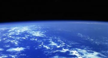 Spatiul cosmic, fotografiat de astronautii NASA