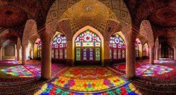 Moscheea caleidoscop din Iran